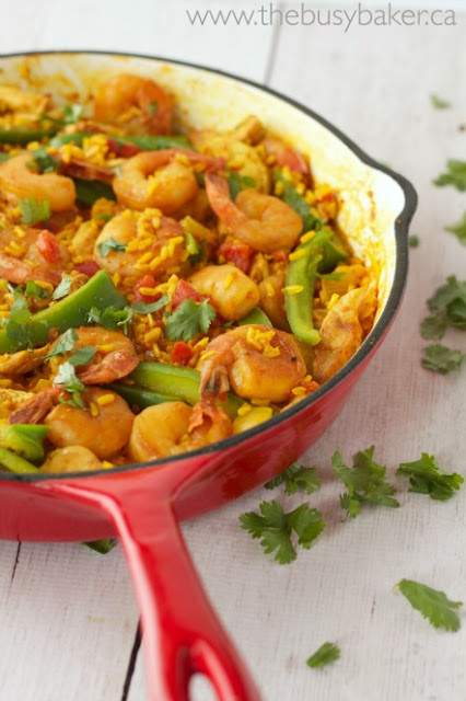 Easy Paella Recipe with Chicken and Shrimp
