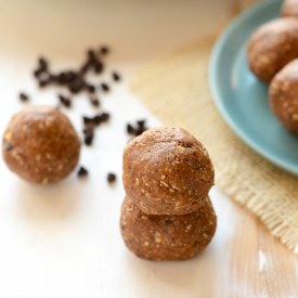 High-Protein Mint Chip Energy Balls