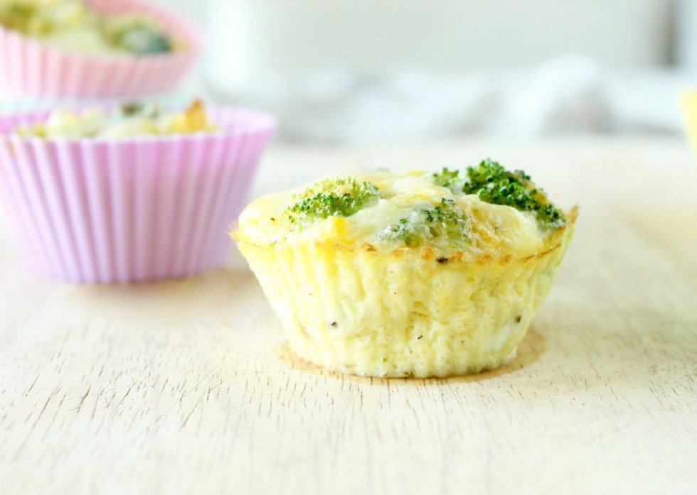 Make-Ahead Broccoli Cheddar Egg Cups